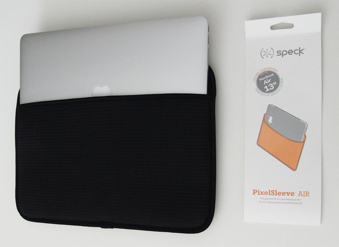 『PixelSleeve AIR』は『MacBook Air』用のインナーケース。