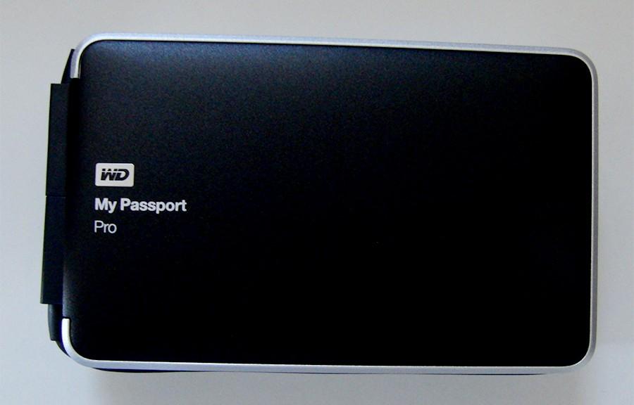 Western Digital MyPassportPro WDBRNB0040DBK
